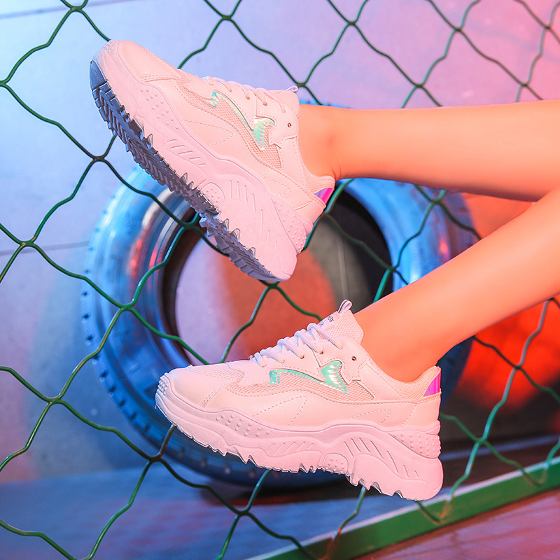 Chaussures femme plate-forme baskets maille mode respirant blanc baskets dames Wedge chaussures décontractées pour femmes Chunky baskets blanc