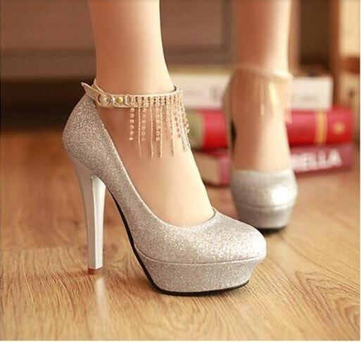 muchos estilos oferta especial zapatos de otoño € 15.71 5% de DESCUENTO|Tacones finos princesa tacón alto zapatos de novia  plataforma de boca baja mujeres bombas de cristal US tamaño 9 rojo plata ...