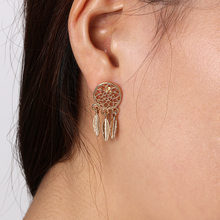 2018 New Hot Fashion Silver plated Bohemia Nationality Feather Dream Catcher Dreamcatcher Drop Earrings For Women Jewelry(China)