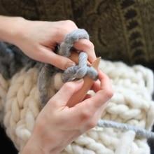 250g Super Thickness Wool Chunky Yarn Felt Wool Roving Yarn for Spinning Hand Knitting Spin Yarn
