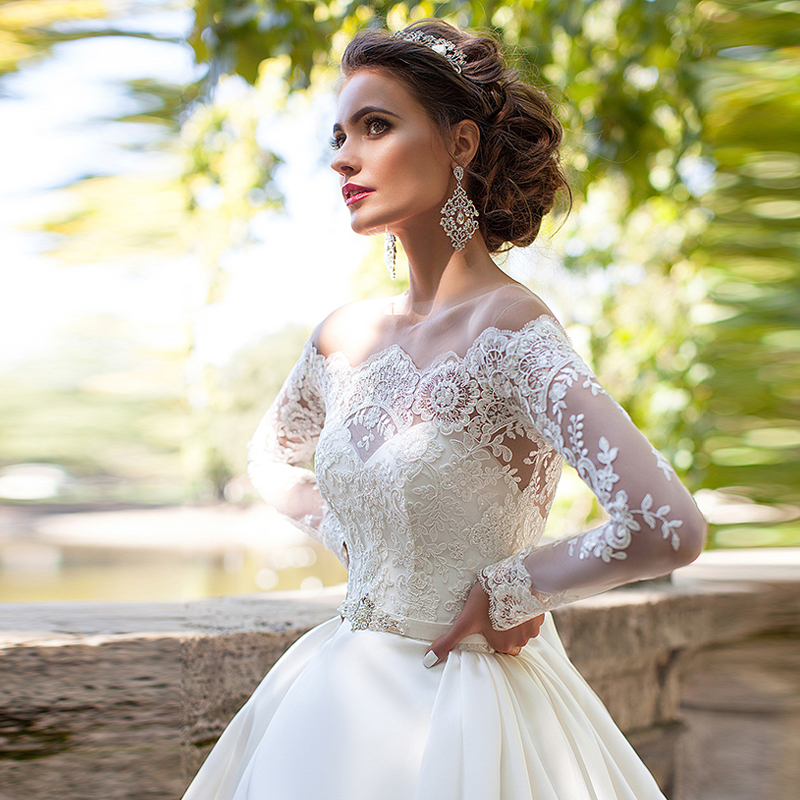 8bf97efb91789 Elegant Empire Boat Neck Wedding Dresses Full Sleeve Lace Appliques Pockets  Satin Wedding Gowns Ruffles Skirt Long Bridal Gown-in Wedding Dresses from  ...
