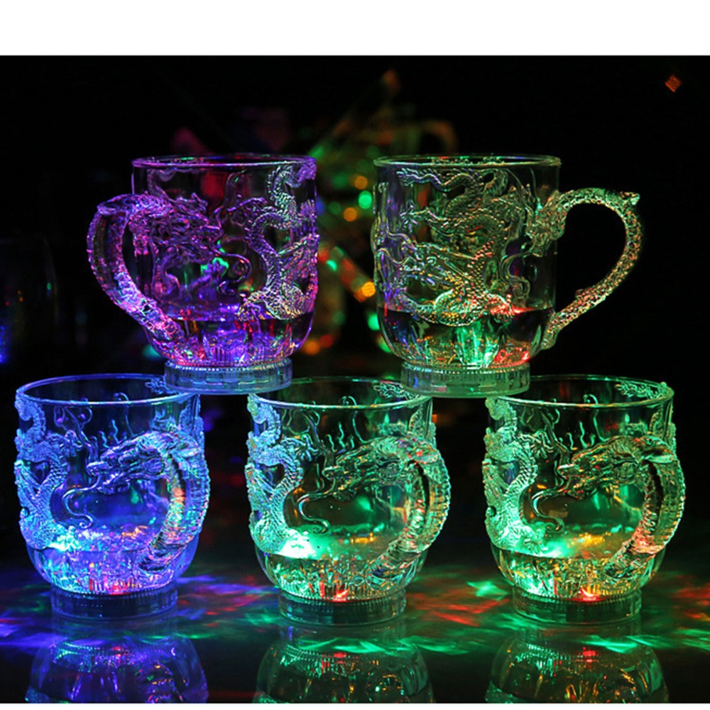Colorful LED Flashing Color Change Water Activated Light Up Dragon Beer Whisky Cup Mug Acrylic Whiskey Colored Lamp Dragon Cups