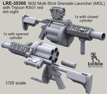 1:35 M32 multi-mirror launcher (MGL) és a Trijicon RX01 piros pont látvány
