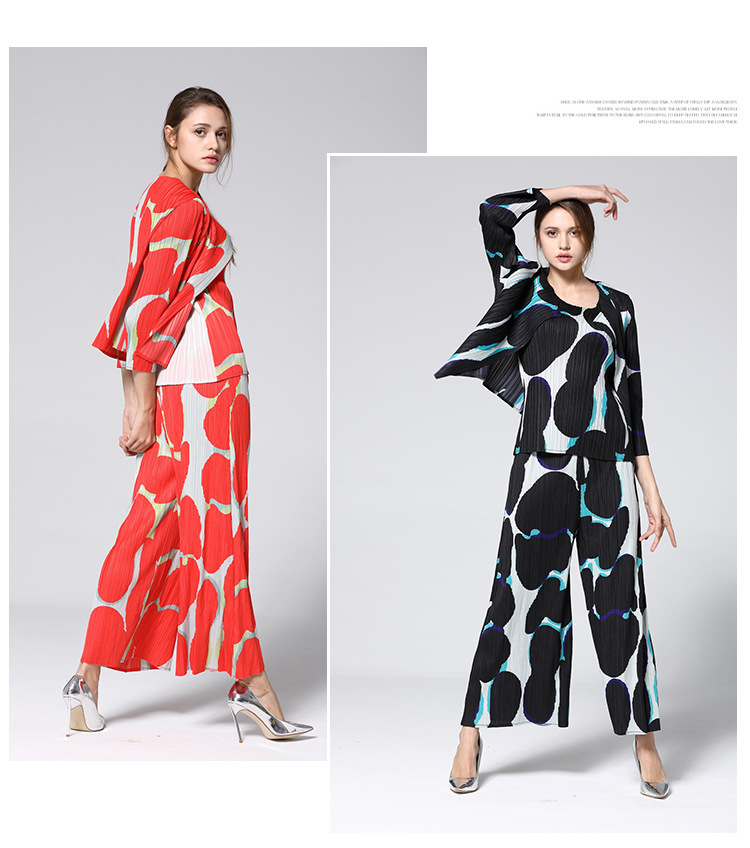 Miyake Fold Three-piece Set Of Pleated Long-sleeved Coat + Sleeveless Vest + Ankle-length Pants Print Suit IN STOCK
