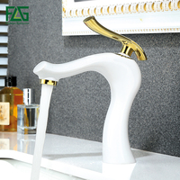 FLG Basin Faucets Brass Water Tap Bathroom Faucet Gold White Single Handle Bathroom Sink Mixer Taps Hot and Cold Water Crane