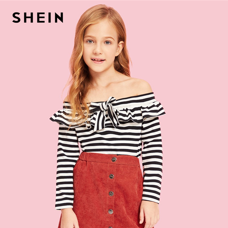 SHEIN Kiddie Black and White Off the Shoulder Knot Striped T Shirt For Girls Tops 2019 Spring Long Sleeve Tee Girl Kids Clothes shein kiddie white cartoon print casual t shirt toddler girl tops 2019 spring fashion short sleeve girls shirts kids tee