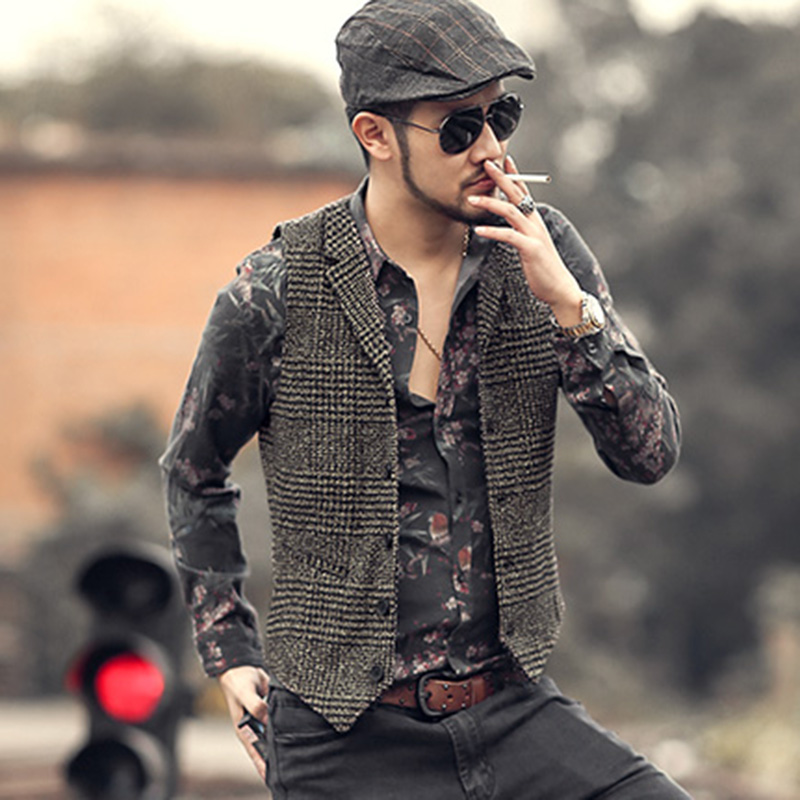 2018 Mens Winter Slim Plaid European Style Vintage Suit Vest Men New Woolen Vest Fashion Brand Design Waistcoat Casual Lapel