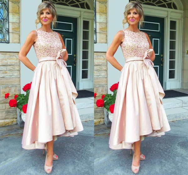 2018 Mother of the bride Dresses Jewel Neck Crystal Beaded High Low Pastel Pink Plus Size Wedding Guest Dress Sash Party Gown