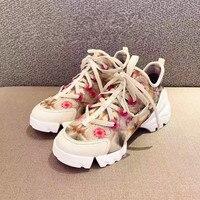 2019 Популярные Брендовые женские кроссовки; женская обувь на шнуровке; шикарная женская обувь на плоской подошве с цветочным принтом; повсед