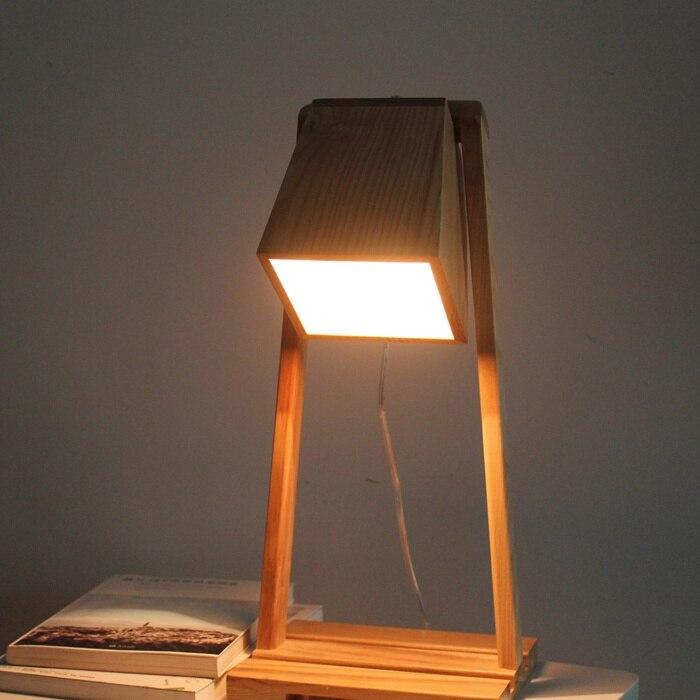 Solide en bois de style scandinave en bois chambre lampe de table personnalité étude cadeau littéraire chaudement décoré éclairage de table MZ55