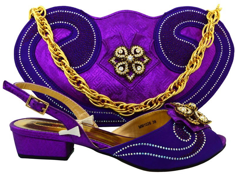 ФОТО Hot Selling Africa Shoes And Bags Set For Fashion Dress Italian Woman Middle Heels Shoes And Bags Set Purple Color MM1026