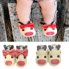 Fancy unique designs Christmas reindeer baby moccasin shoes infant toddler baby moccs new born First Walker Shoes