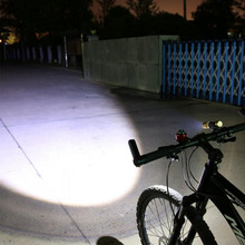 Outdoor bike light & camping Usb charging flashlight usb headlight bicycle accessories