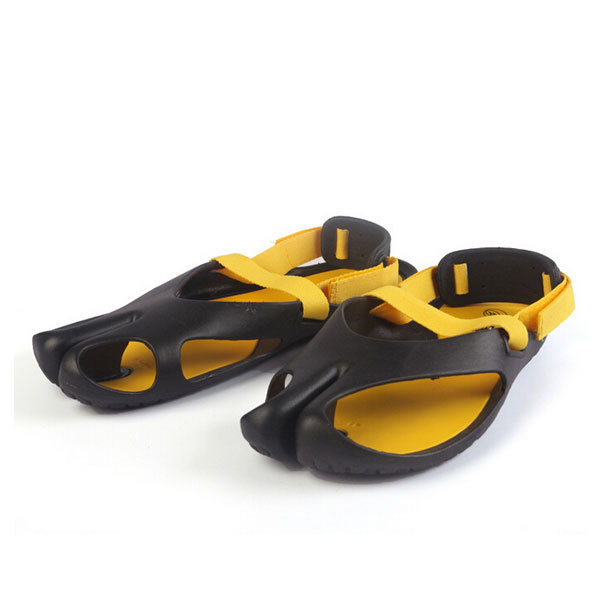 3272438d274f9 Summer Style New Arrival Fashion Men Beach Shoes Korean Style Handsome  Sandals Casual Wear LX112