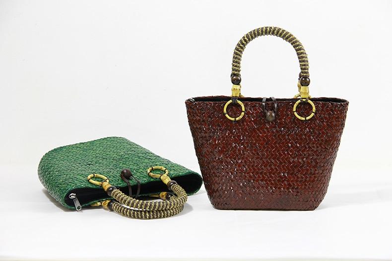купить Casual eco-friendly ladies handmade mini-seagrass cabling rattan ladies handbag soft handle rattan water bucket bag недорого