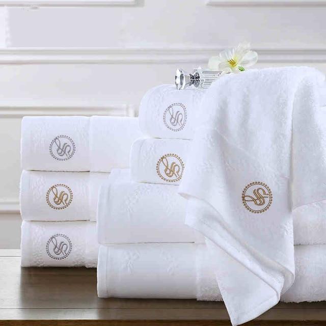 Monogrammed Bath Towels, Embroidered Bath Towels, Bath Towel Set of 2,  Personalized Towels