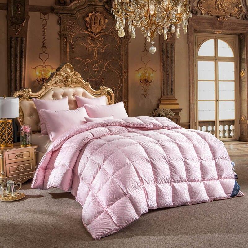 2018 Light Pink Duvet Thick Winter Comforters Silk Cotton White Duck Goose Down Filler Queen King Size Stitching Quilt Blanket