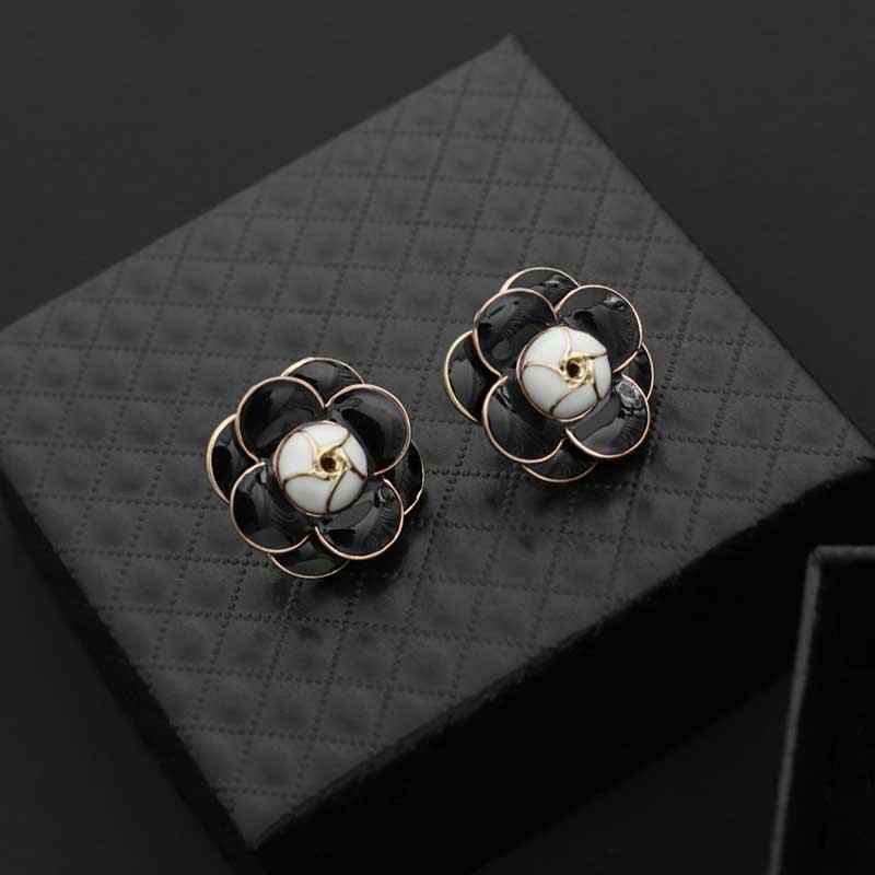 New arrival Fashion temperament Camellia Flower earring Korean small  fragrant lady five Flower Earrings f064df191a82