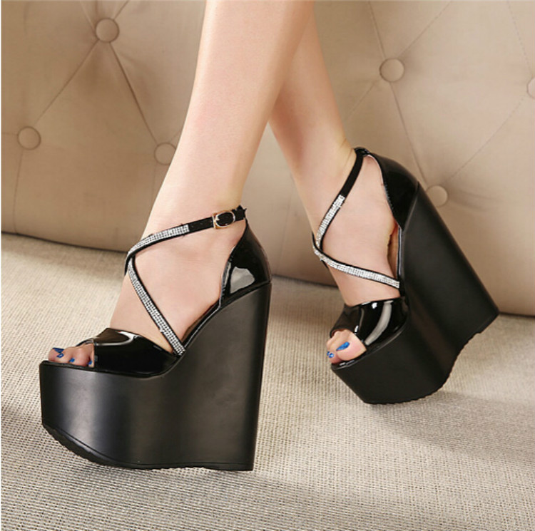 European style cross with a diamond high slope with thick crust waterproof high with shoes sandals