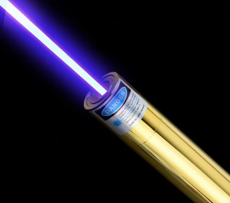 все цены на  High Powered Strong Power Military Blue Laser Pointers 200w 200000mw 450nm Burning Match/Dry Wood/Candle/Black/Cigarettes+5 cap  онлайн