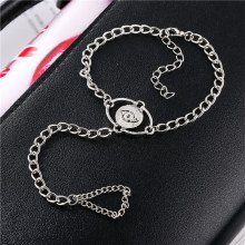 купить Vintage Men Women Punk Finger Ring Bracelet Eys Pattern Round Charm Link Chain Bracelet Ring Jewelry по цене 62.53 рублей
