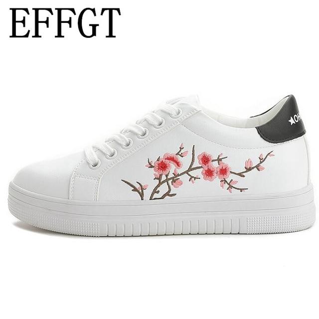 2249037b Effgt 2018 primavera y otoño Bordado pequeños zapatos blancos femeninos han  de edición de las nuevas