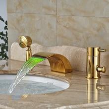 Светодиодные Ванная Комната Золотой Ванны Смесители Широкое Палуба Крепление Водопад Ванна Кран 3 Отверстия