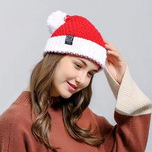2018 nueva decoración de Navidad casquillo de Santa rojo ajustable Beanie sombrero  caliente mujeres de punto de invierno Hat . e022eaae3cf
