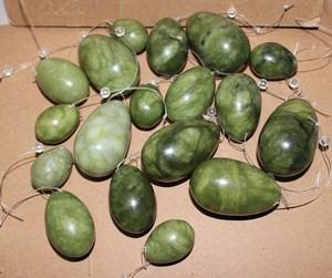 10 sets wholesale natural green Chinese xiu yan stone drilled yoni eggs