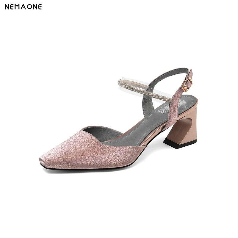 NEMAONE جديد تصميم 2019 المرأة جلدية عالية الكعب حفلة موسيقية حزب الزفاف مضخات أحذية الصيف امرأة غريبة نمط الكعوب الصنادل-في كعب عالي من أحذية على  مجموعة 1