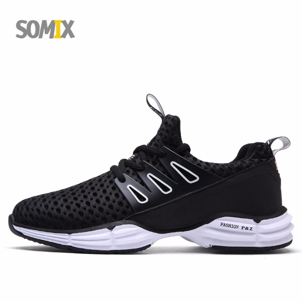 Prix pour SOMIX 2017 Nouveau Respirant Hommes de Chaussures de Course Non-Slip Sport En Plein Air Chaussures pour Femmes Amortissement Sneakers Jogging Marathon chaussures Hommes
