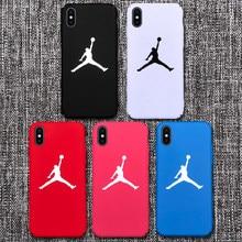 353ffc7704ad Plástico mate 23 Jordan caso para iPhone X XS X Max 5S SE 5 6 6 s Funda  dura de la PC aire rojo blanco cubierta Coque iPhone6 8 .