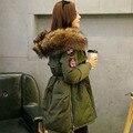 20 cm Real Gran Mapache Cuello de Piel de Invierno Chaqueta de Las Mujeres 2016 de Invierno Duck Down Jacket Parka Verde Del Ejército Engrosamiento Capa