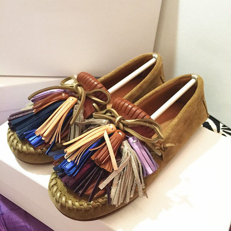 ФОТО 2017 New Suede Leather Women Flats Moccasins Loafers Wild Driving Women Large Size Casual Shoes Leisure Fringed Flats Shoes
