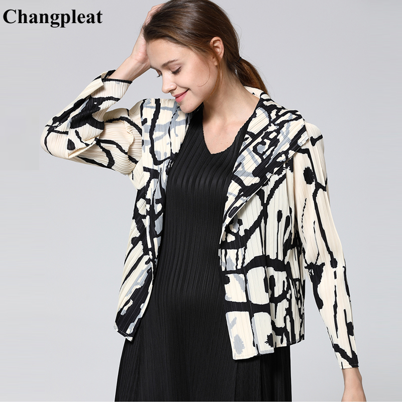 Changpleat 2019 Spring New Geometric print Women   Basic     Jackets   coat Miyak Pleated Fashion Slim Long Sleeve   Jacket   Cardigan Tide