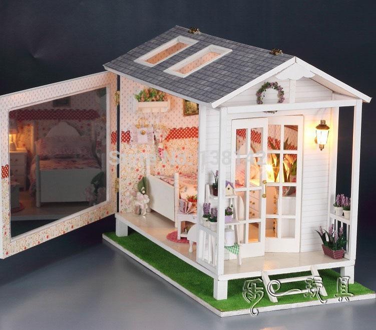 13817 Hongda diy large Loving wooden doll house beach villa Miniature Dollhouse holiday home handmade free shipping