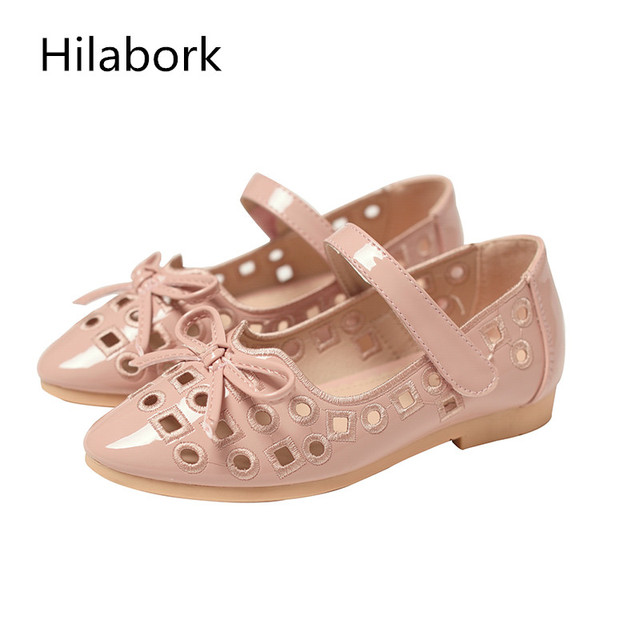 2017 spring new children's shoes girls soft-skinned hollow British wind casual shoes fashion soft black soled shoes