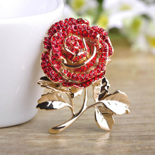 Madrry Lovely Rose Flower Brooches For Women Gold Color Rhinestones Bouquet Broche Lapel Pins Scarf Dress Cool Decorations