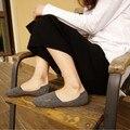 2017 Горячие Продажа Новые Хлопок Невидимые Носок Тапочки Вышивка Утолщенной Иглы Силиконовый противоскольжения Носки AXD9053