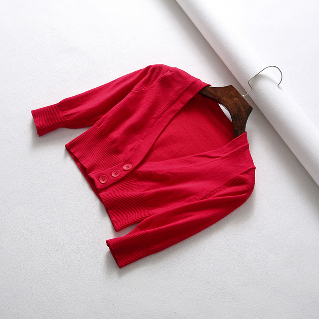 Europese en Amerikaanse Sexy vrouwen Trui 2019 Herfst Vrouwelijke Diepe V-hals Gebreide Blouse Solid Rood Zwart Knop Cropped vest