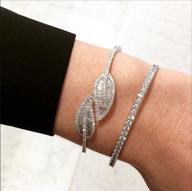 Hot sale Fashion Brand AAA cubic zirconia T stone leaf shaped open bangle, beautiful stunning jewelry office lady, B0659 leaf shaped beaded detail chain bangle anklet