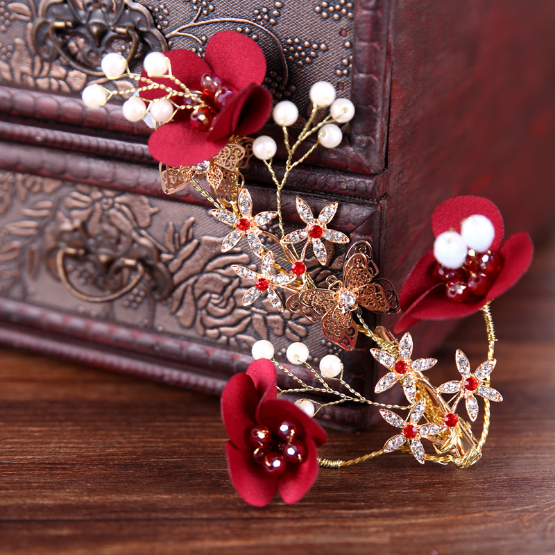 Fashion Simple Bride Barrettes Crystal Pearl Red Flower Gold Bridal Hairpins for Women Wedding Hair Accessories Hair Clips Tiara