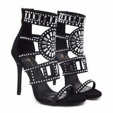 0317c45a8 2018 сезон весна-лето новые женские туфли на высоком каблуке Hollowed открытый  носок сапоги в римском стиле со стразами для торж.