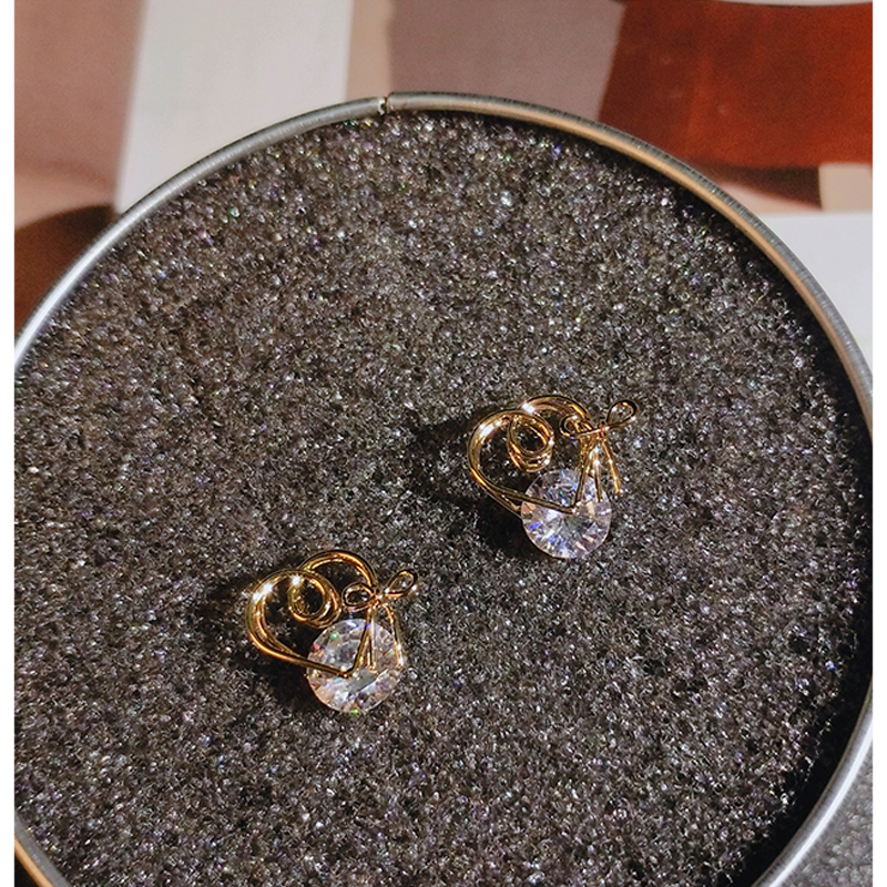 gold color stud earrings with zircon stone (1)