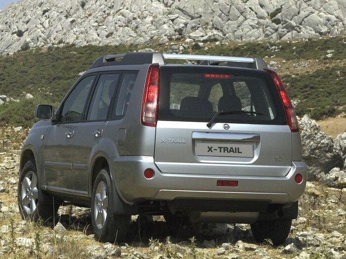 Nissan-X-Trail_2004-1