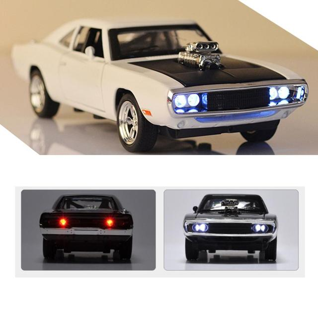 Charger Diecast Metal Model Car Sound And Light Pull back Vehicle Toy Back To The Future Red Bull Racing