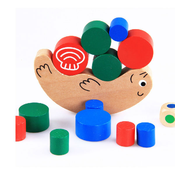 Free Shipping Scale Models Wooden Snail Balancing Game Small Size Educational Building Blocks enlighten for kids