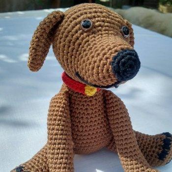 crochet armigurumi rattle  dog  model number 84