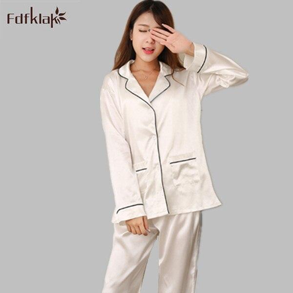 2017 New Brand Satin Pyjamas Women Long Sleeve Pajamas Set Pyjama Femme Spring  Autumn Ladies Pijamas Homewear White Blue E1210 0ec224932