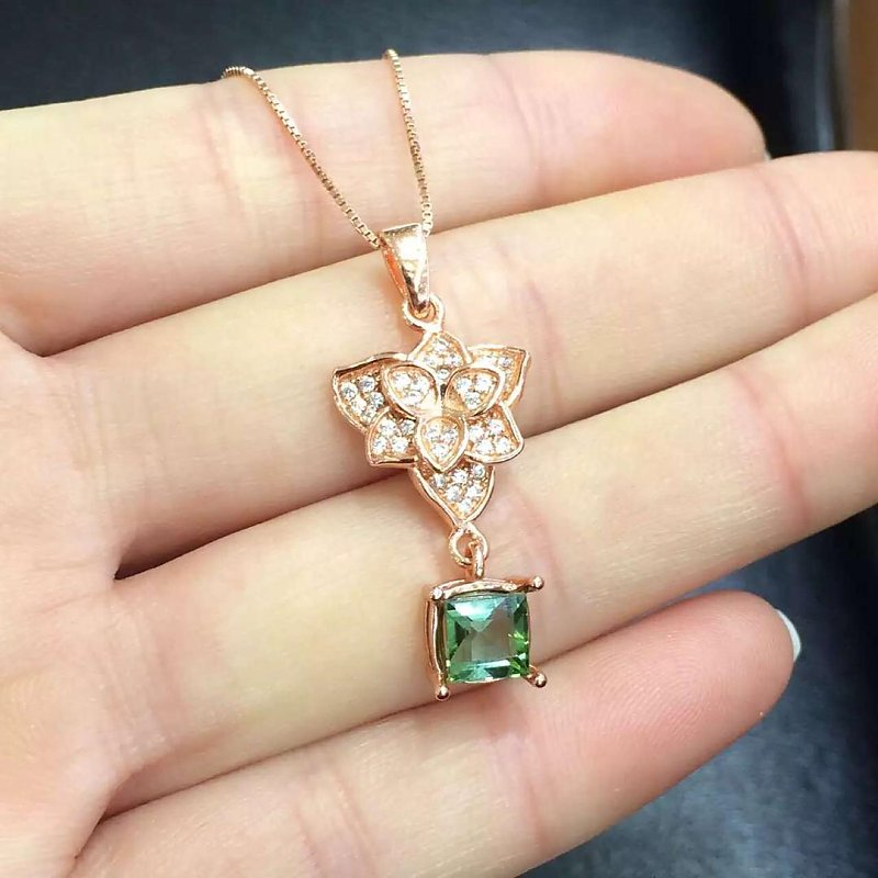 Collier Qi Xuan_Tourmaline Stone Flower Pendant Necklaces_Tourmaline Necklaces_Quality Guaranteed_Manufacturer Directly Sale Collier Qi Xuan_Tourmaline Stone Flower Pendant Necklaces_Tourmaline Necklaces_Quality Guaranteed_Manufacturer Directly Sale